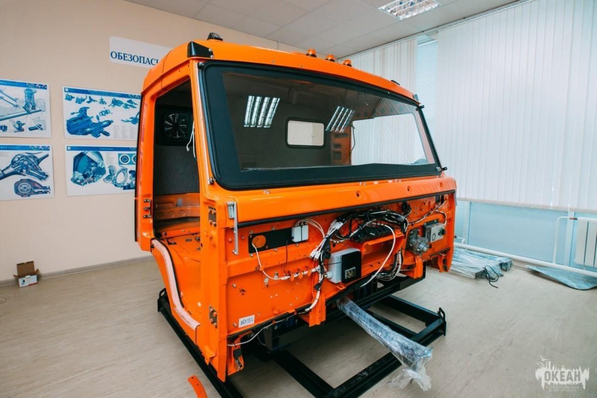 В автогороде ВДЦ «Океан» появился тренажёр для вождения грузового автомобиля
