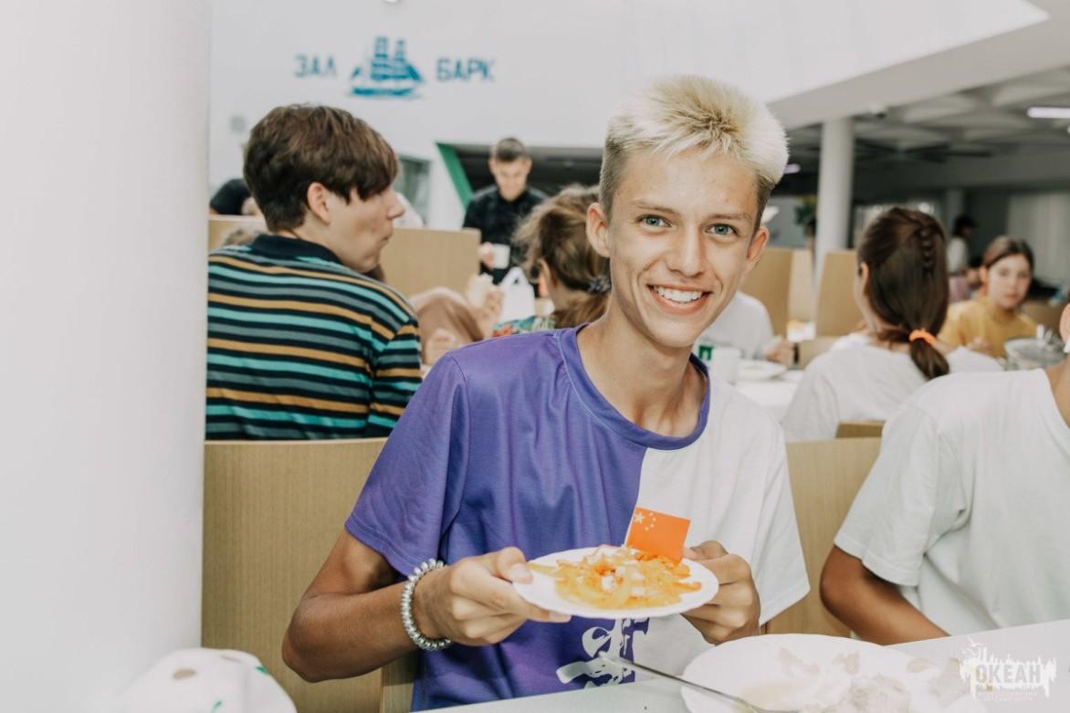 Марафон национальных блюд: повара «Океана» знакомят детей с кухней разных стран
